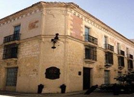 Hotel El Comendador havana entrance