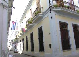 Hotel Del Tejadillo havana entrance