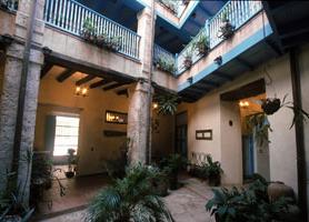 Hotel-El-Comendador-havana